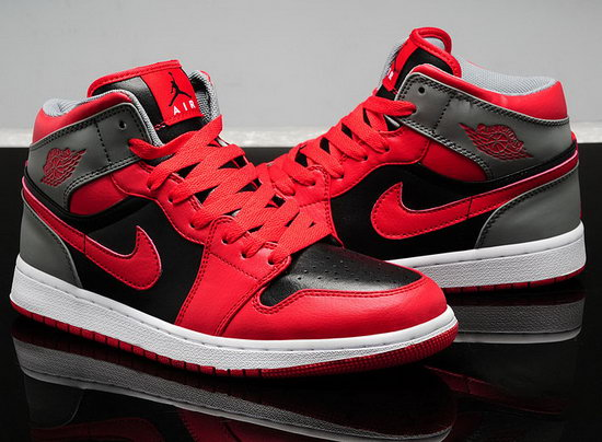 Air Jordan Retro 1 Black Grey Red Czech