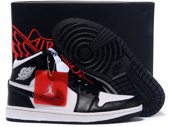 Air Jordan Retro 1 Black White Discount