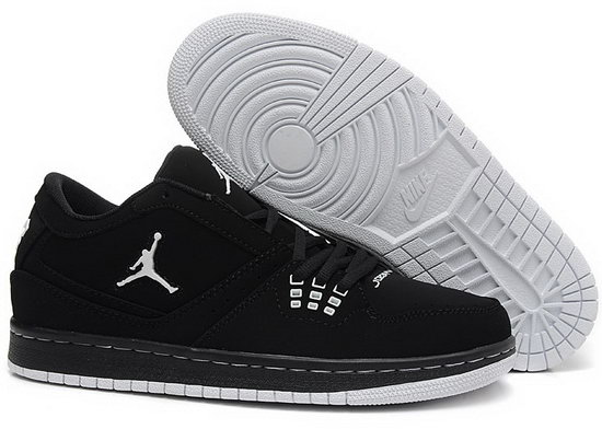 Air Jordan Retro 1 Low Black White Factory Outlet
