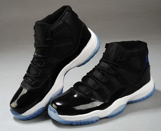 Air Jordan Retro 11 Black White Australia