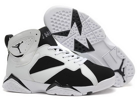 Air Jordan Retro 7 White Black Review