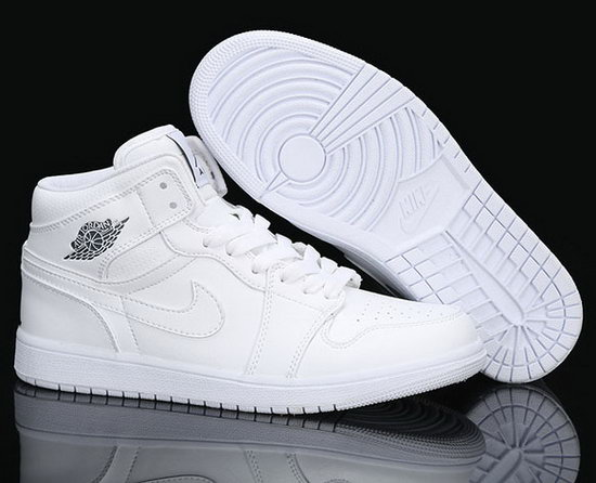 Mens & Womens (unisex) Air Jordan Retro 1 All White Review