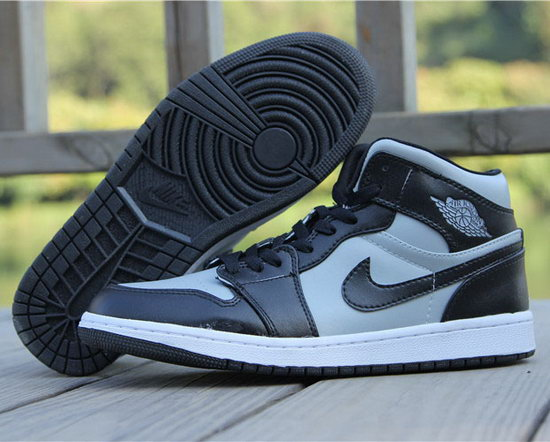 Mens & Womens (unisex) Air Jordan Retro 1 Black Grey Factory Outlet