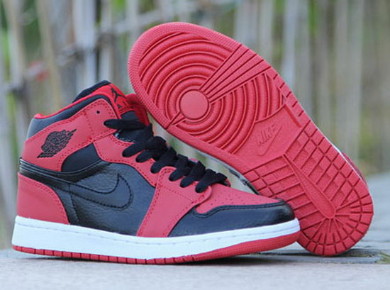 Mens & Womens (unisex) Air Jordan Retro 1 Red Black Switzerland