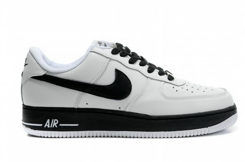 Mens Nike Air Force 1 07 White Black Closeout