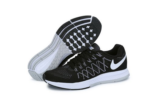 Mens Nike Zoom Pegasus 32 Black White Low Cost