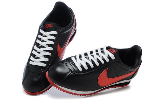 Nike Classic Cortez Nylon Mens Shoes Black Red Fur Japan