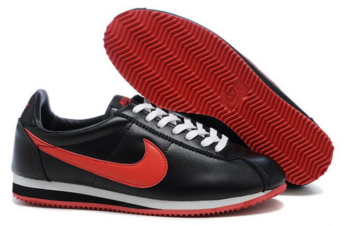 Nike Classic Cortez Nylon Womens Shoes Black Red Fur Reduced