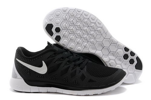 Nike Free 5.0+ Mens Shoes Black White Factory Outlet