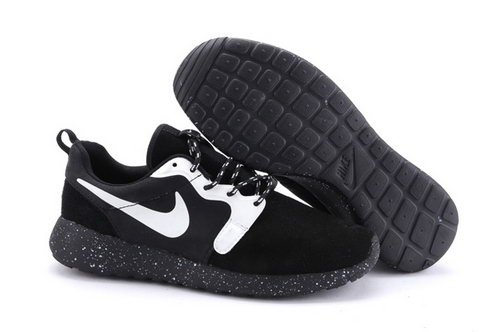 Nike Roshe Run Hyp Prm Qs Mens Shoes Fur Black White Gray New Winter Clearance
