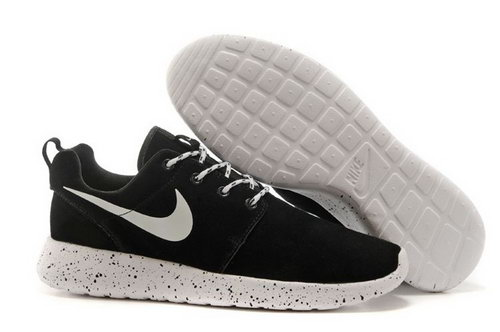 Nike Roshe Run Hyp Prm Qs Mens Shoes Fur Black White New Winter Korea