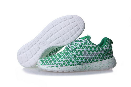 Nike Roshe Run Triangle Green 36-39 Review