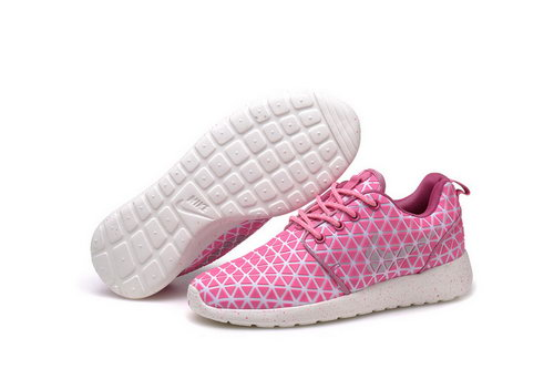 Nike Roshe Run Triangle Pink 36-39 Inexpensive