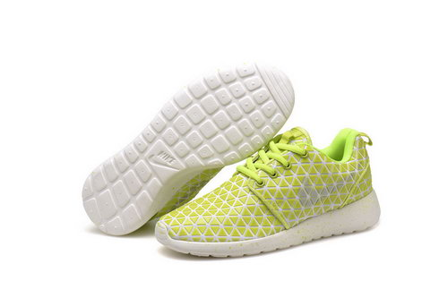 Nike Roshe Run Triangle Yellow 36-39 Low Price