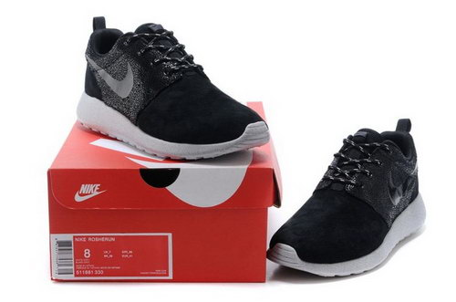 Nike Rosherun Snakeskin Mens Shoes Black Gray Hot Review