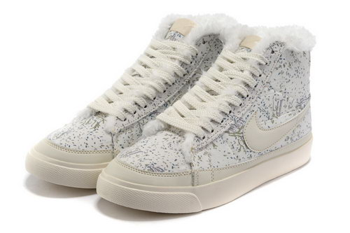 Womens Nike Blazer High Snow Feathers Review