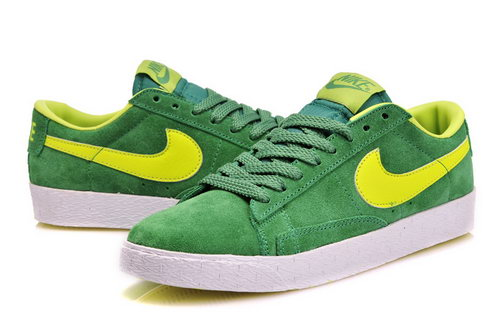 Womens Nike Blazer Low I Grass Green Inexpensive