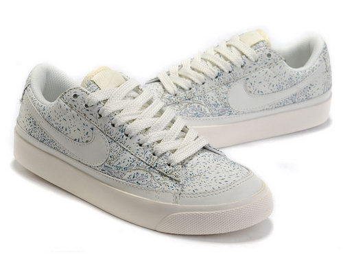 Womens Nike Blazer Low Snow Switzerland