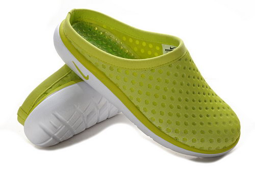 Womens Nike Trainers Air Rejuven8 Mule 3 Ap Yellowgreen Sandals Sale